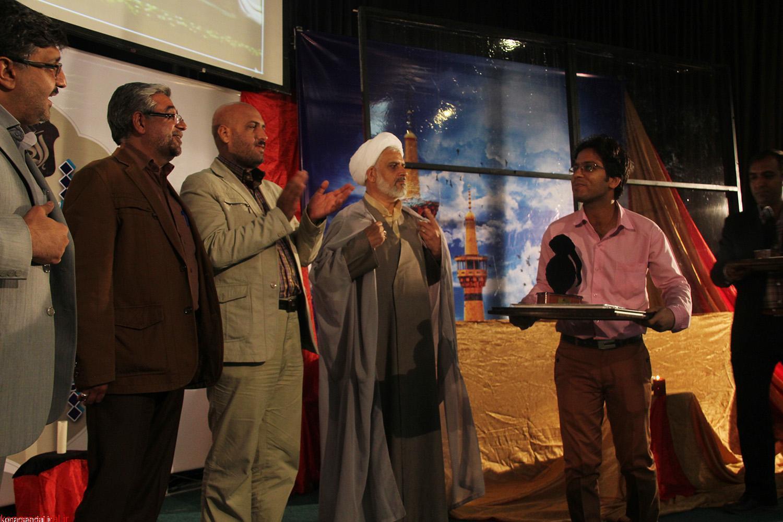 عبدالرضا حسینی شاعر عنبرآبادی رتبه برتر بیست ویکمین جشنواره ملی شعر رضوی کشور را کسب کرد