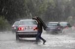 بارش شدید باران و تگرگ سبب آبگرفتگی خیابانهای جیرفت شد