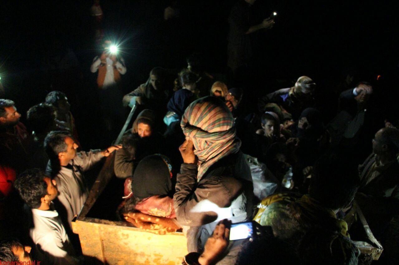 امداد رسانی به عشایر سیل زده تالاب جازموریان همچنان ادامه دارد