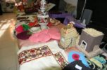 جشنواره سفره های شب یلدا و دست سازه ها در دبیرستان ریحانه جیرفت، برگزار شد