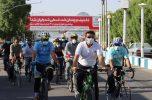همایش دوچرخهسواری به مناسبت هفته تربیت بدنی در جیرفت برگزار شد